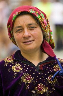RM01104 Portrait of a woman, Romania