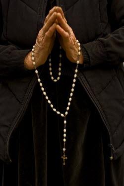 RM01206 Romania, Maramures, rosary