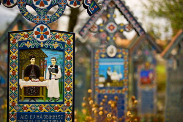 RM01215 Romania, Maramures, Sapanta, Merry Cemetery, Painted graves