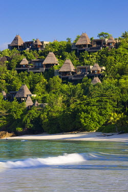 SC01103 Seychelles, Mahe Island, Anse Boileau, bungalows of the Maia Luxury Resort and Spa