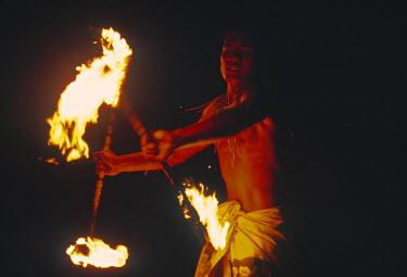 SM01002 Fire dancing, Samoa