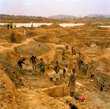 SR01017 Diamond Mines, Kono River, Eastern Sierra Leone