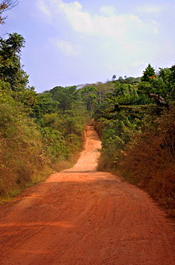SR01044 Dirt road out of Freetown, Sierra Leone