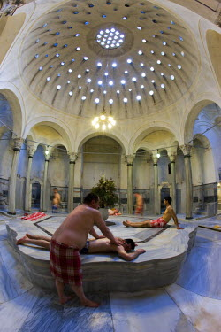 TK01243 Centre Marble (Gobektasi), Cagaloglu Hamam (Turkish Bath), Istanbul, Turkey