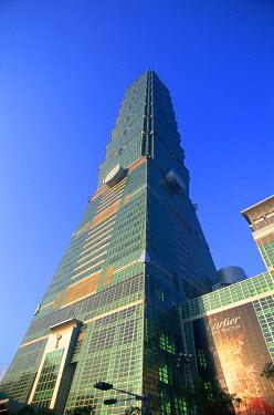 TPX11091 Taiwan, Taipei, Taipei 101 Skyscraper (1667 feet)