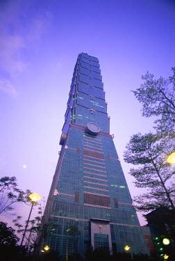 TPX11104 Taiwan, Taipei, Taipei 101 Skyscraper (1667 feet)