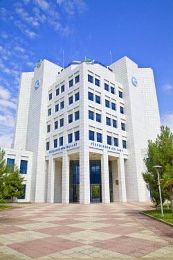TR01011 Turkmenistan, Ashgabat, (Ashkhabad), Government building