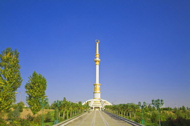 TR01024 Turkmenistan, Ashgabat, (Ashkhabad), Berzengi, Independance Park, The monument to the Independence of Turkmenistan