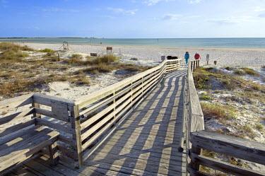 US11159 Beach, Honeymoon State Island Park, Dunedin, Florida, USA