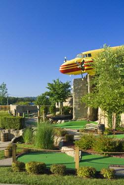 US43102 USA, Missouri, The Ozarks, Branson, Lost Treasure Miniature Golf Course