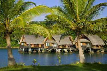 VA01034 Vanuatu, Efate Island Port Vila, Le Meridien Resort -Beach Bungalows on the Erakor Lagoon