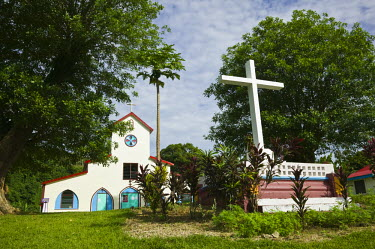 VA01060 Vanuatu, Espiritu Santo Island Luganville, LA ROSERAIE Village Church