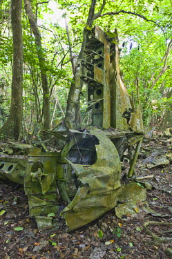 VA01061 Vanuatu, Espiritu Santo Island Luganville, WW2 B-17 Bomber Wreck by Million Dollar Point