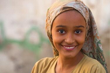 YM01100 Yemeni girl, Zabid, Yemen