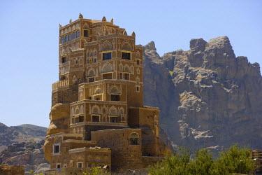 YM01103 Dar al-Hajar, The Rock House, Wadi Dhahr, nr Sana'a, Yemen