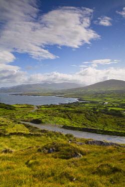 IE02163 Landscape near Allihies, Beara Peninsula, Co. Cork & Co. Kerry, Ireland