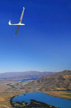 AU01_DWA2145_M Glider and Lake Ruataniwha, Mackenzie Country, South Island, New Zealand