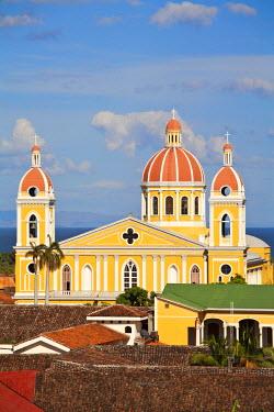 NI01168 Nicaragua, Granada, View of Cathedral de Granada from Iglesia de la Merced