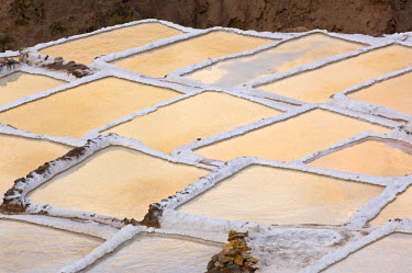 SA17_BJA0098_M Peru, Salinas, Salt pans or pools used to make salt since time of Incas