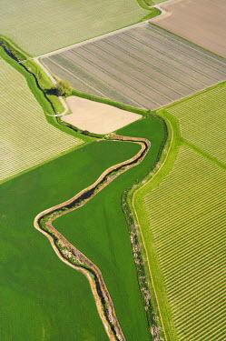 AU02_DWA1102_M Farmland and Vineyards near Blenheim, Marlborough, South Island, New Zealand