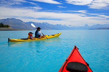 AU02_DWA1954_M Kayaks, Lake Pukaki, and Aoraki / Mt Cook, South Canterbury, South Island, New Zealand