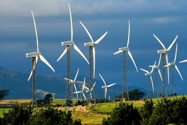 AU02_DWA2236_M Tararua Wind Farm, Tararua Ranges, near Palmerston North, North Island, New Zealand