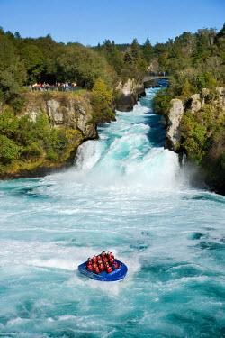 AU02_DWA2436_M Huka Falls and Huka Jet, Waikato River, near Taupo, North Island, New Zealand