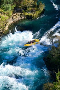 AU02_DWA2450_M Rapids Jet, Waikato River, near Taupo, North Island, New Zealand