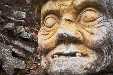 HN01005 Honduras, Copan Ruinas, Copan Ruins, Cabeza, Old Man's head