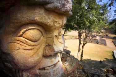 HN01038 Honduras, Copan Ruinas, Copan Ruins, Cabeza, Old Man's head