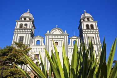 HN01135 Honduras, Tegucigalpa, Suyapa, Basilica de Suyapa