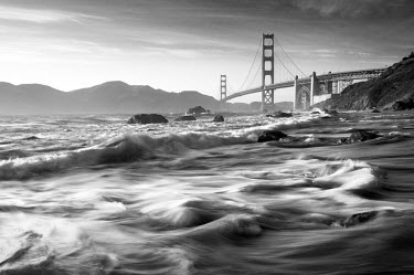 US10504 USA, California, San Francisco, Golden Gate Bridge from Marshall Beach