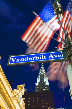 USA7831 USA, New York State, New York City, Manhattan, Chrysler Building at Grand Central Station, Vanderbilt Avenue