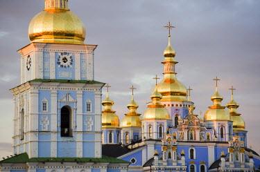 UKR1047 Ukraine, Kiev, St Michaels Gold Domed Monastery, 2001 copy of 1108 original