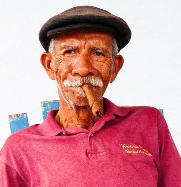 CUB1365AW Portrait of a man, Vinales, Cuba, Caribbean