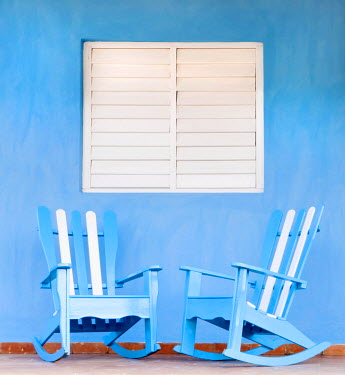 CUB1339AW Traditional rocking chairs in Vinales, Cuba, Caribbean