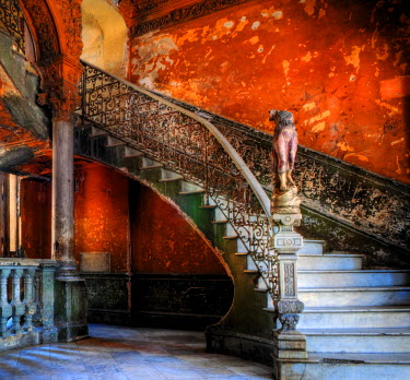 CUB1344AW Staircase in the old building/ entrance to La Guarida restaurant, Havana, Cuba, Caribbean