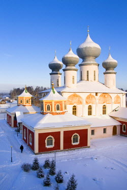RUS1279AW Uspensky Cathedral, Bogorodichno-Uspenskij Monastery, Tikhvin, Leningrad region, Russia