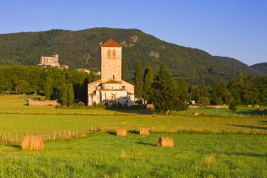 FR06267 St Just De Valcabrere Church & St Bertrand De Comminges, Haute-Garonne, Pyrenees, France