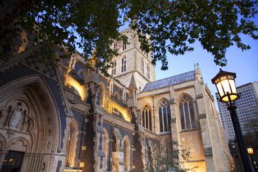 UK01956 Southwark cathedral, Southwark, London, England