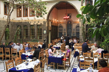 SY01064 Syria, Damascus, Old Town, Bab Touma Quarter, historic Damascene house renovated as a restaurant