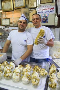 SY01060 Syria, Damascus, Old Town, Souq al-Hamidiyya, Bekdach historic Ice Cream shop