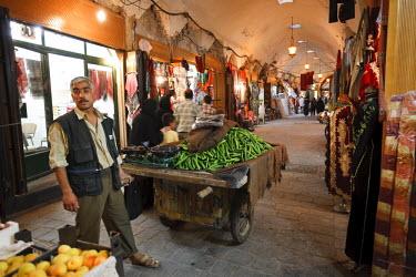 SY01138 Syria, Aleppo, The Old Town (UNESCO Site), Souq