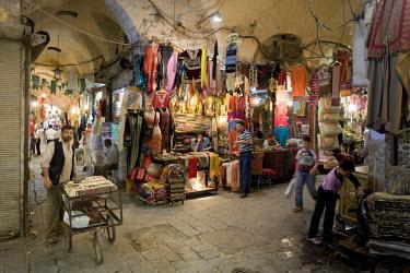 SY01183 Syria, Aleppo, Old Town (UNESCO Site), Souq