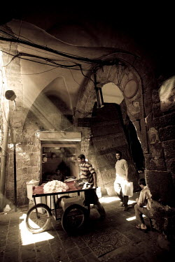SY01166 Syria, Aleppo, Old Town (UNESCO Site), Old Souq