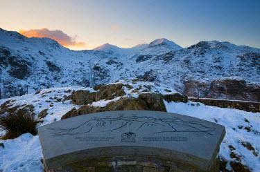 UK06087 UK, Wales, Snowdonia National Park, Sign