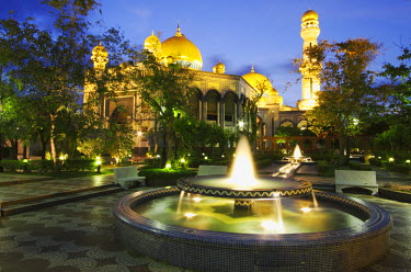 BRU0002AW Jame'asr Hassanal Bolkiah Mosque at dusk, Bandar Seri Begawan, Brunei Darussalam
