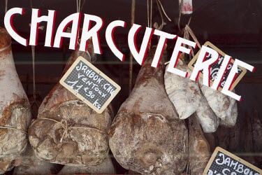 FRA6611AW Provence, France. A charcuterie or butchers shop window in Sault France