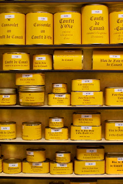 FRA6675AW Foie Gras for sale in Sarlat France
