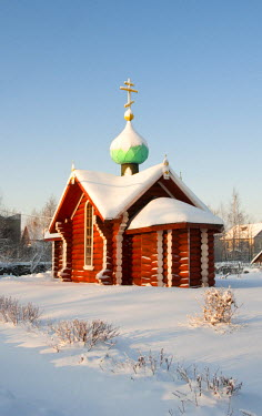 RUS1418AW Saint Nicholas chapel in winter, Tikhvin, Leningrad region, Russia